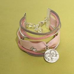 Bracelet Sts Louis et Zélie Martin rose tendre et gris